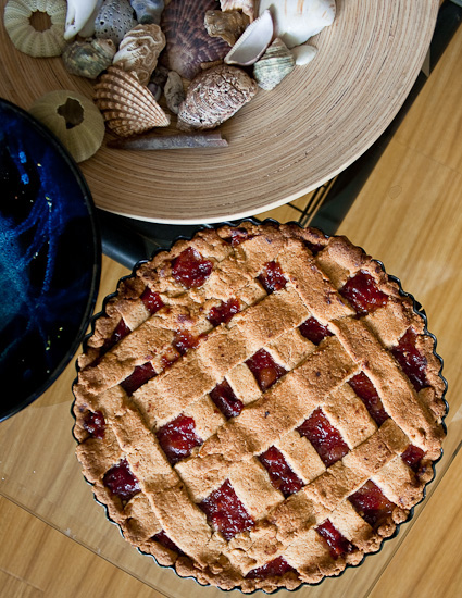 hawberry & kumquat pie